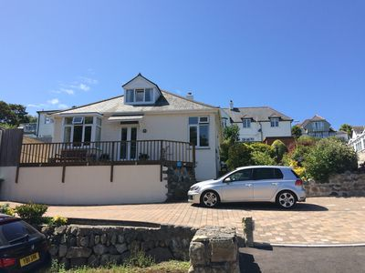 Beautiful Beachside Cottage set in a prime location