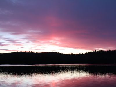 Photo for Lake house in Val-des-Monts by the lake - Sleeps 8