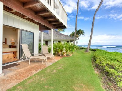 Photo for Fit For Royalty! Beachfront w/Open Kitchen, Lanai, WiFi, TV, Ceiling Fans–Kiahuna 2004