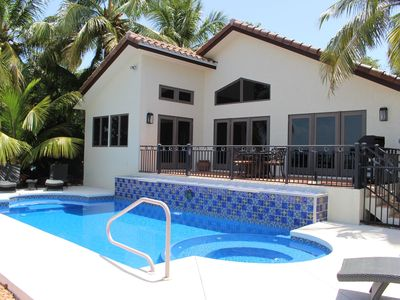 Photo for Gulf Front Pool, Spa, Privacy, Charm, SWAT Mosquito, Kayaks, Fish Light, Snorkel