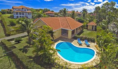 Photo for 4BD guest-friendly villa with private pool, sports courts, near everything
