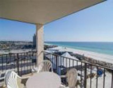 Photo for Gulf-Front 2-Bed Condo for the Perfect Vacation!