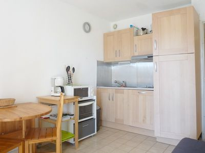 Photo for 2BR Apartment Vacation Rental in SIX FOURS LES PLAGES