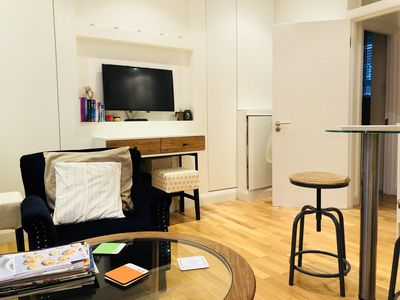 Photo for Lovely 1 bedroom flat in the heart of Fulham