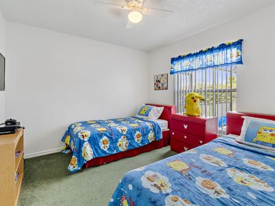 Photo for BLUE IN DISNEY THEMED ROOM NEAR DISNEY WITH POOL