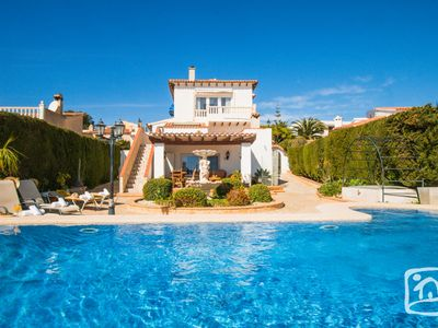 Photo for 4 bedroom Villa, sleeps 8 in Calpe with Pool, Air Con and WiFi