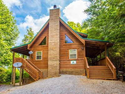Photo for Spacious 3BR/3BA Sleeps 10 Amazing Mtn Views, Wi-Fi, Jacuzzi, Game Room