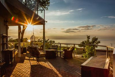 The North Terrace features breathtaking sunset views of Lake Michigan and the Chicago Skyline.
