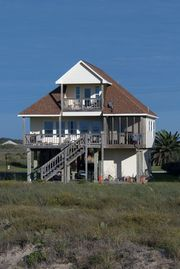 Beach House With The Best View Of Matagorda Beach