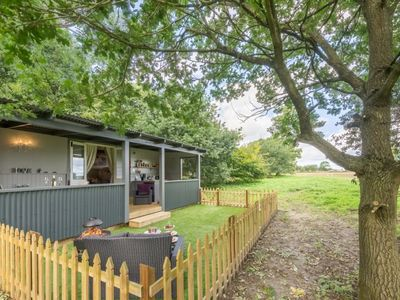 Photo for Romantic shepherd's hut is both tranquil and away-from-it all location
