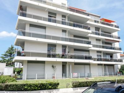 Photo for Apartment Albert 1er  in Royan, Poitou - Charentes - 4 persons, 2 bedrooms