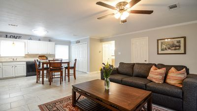 Downtown Charmer W/WiFi, Close to Colleges, Restaurants & Hospital
