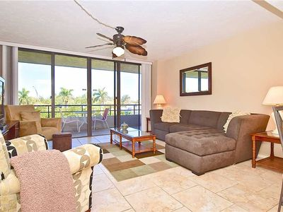 Photo for Siesta Chillin Anchorage 305, 2 Bedrooms, Pool Access, Boat Dock, WiFi, Sleeps 6