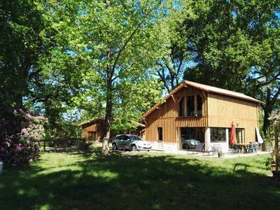Photo for Rustic villa in the heart of the Landes forest