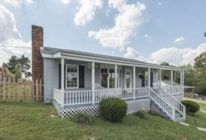 Photo for 2BR House Vacation Rental in Charlestown, Indiana