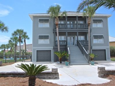 "Photo for 15% Off Spring!! ""Serenity"" Private Pool, Golf Cart, Walk to Beach, Sleeps 18"