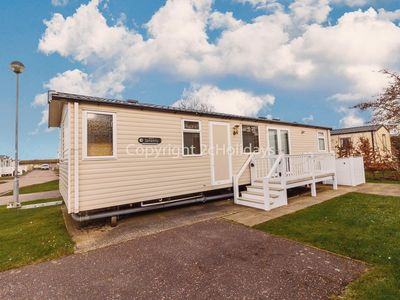 Photo for 8 berth luxury caravan at Haven Caister on sea in Norfolk ref 30031