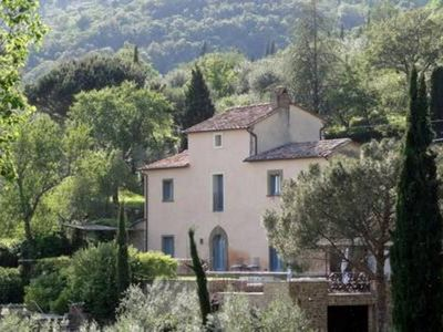 Photo for Beautiful villa with swimming pool a few kilometers away from Cortona