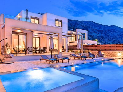 Photo for Minoas Villas Private Heated Pool 10 guests