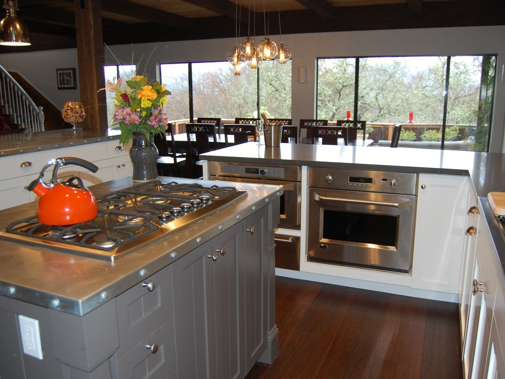 Entertainer S Home With Chef S Kitchen Overlooking Napa