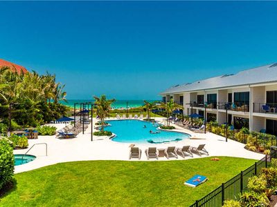 New Beach Front Luxury Resort - Sunset Views - Short 1-2 night Stays Available!