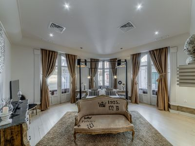 Photo for Luxurious 3 bedroom apartment in the Plaza de la Constitución