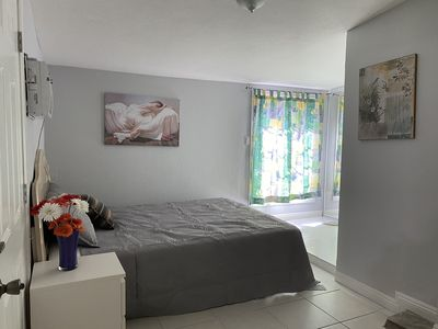 Master bedroom with private entrance near Disneyland and Little Saigon
