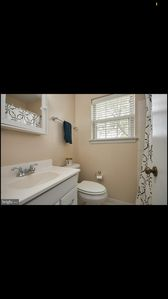 Photo for Looking to rent guest bedroom/bath in townhouse- short term (1-3 months)