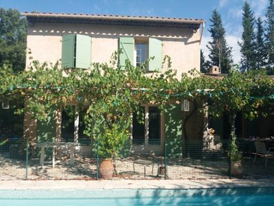 Photo for Family villa of 150m2 with 4 bedrooms, with quiet pool
