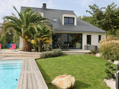 Photo for Gulf of Morbihan, nice house with pool, close to beaches