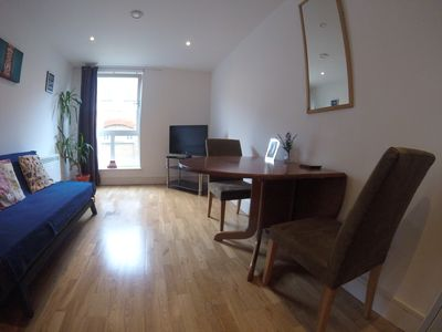 Photo for Cosy modern one bed apartment with parking - Shoreditch