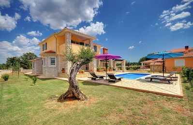 Photo for Beautiful villa with private pool, table tennis