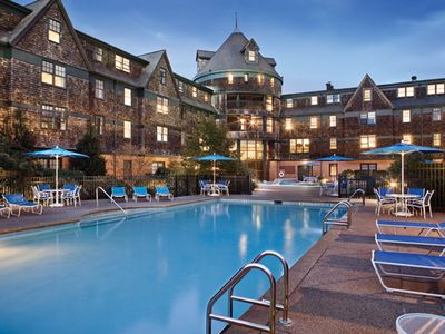 Photo for Timeshare Resort Condo In Downtown Newport: July 20-27