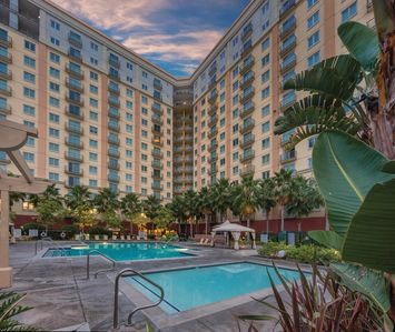 Photo for 1BR Resort Vacation Rental in Anaheim, California
