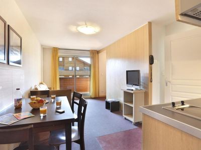 Photo for Wifi, ski-in/ski-out & foot of the slopes, fitness, swimming pool, terrace, balcony, parking, tv