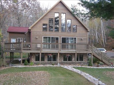 Photo for Spectacular Lakefront Cabin on Beautiful Big McKenzie Lake