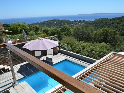Photo for Villa Gaou Benat 2 levels independant. 10 people sea view heated pool