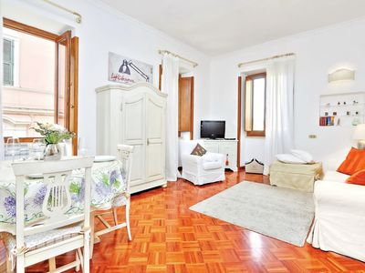 Photo for Rome: Luxury Apartment in the heart of Rome
