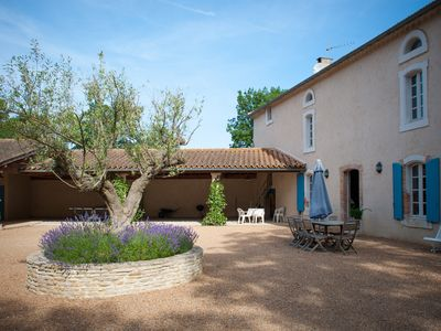 Photo for Carcassonne countryside: family-friendly luxury retreat with infinity pool