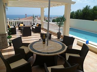 Detached Villa With Private Pool And Sea Views In A Lovely Location
