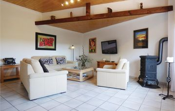 Search 215 holiday rentals
