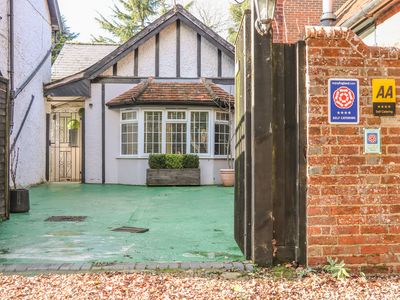 Photo for WOODEND ANNEXE, family friendly in Fontwell , Ref 29382