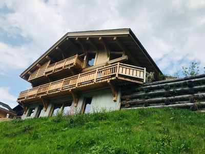 Photo for Chalet sleeping 14 in Arêches Beaufort