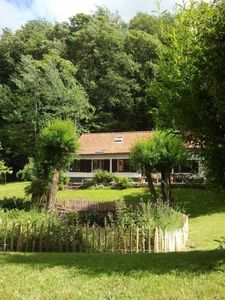 Photo for Charming cottage in magnificent garden, 25 kms. from Brussels