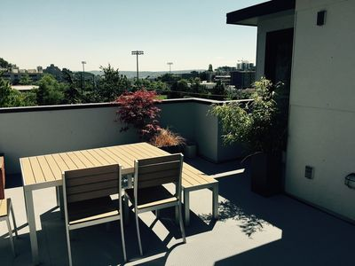 Photo for Modern First Hill 2 BR, 2 BA Townhouse & Roof Deck