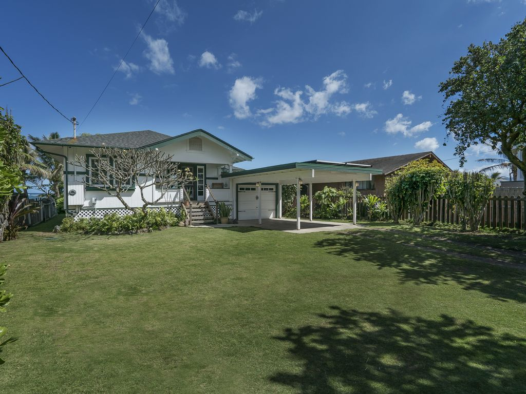 Beautifully Restored 1930 s Beachfront Bungalow Laie Oahu