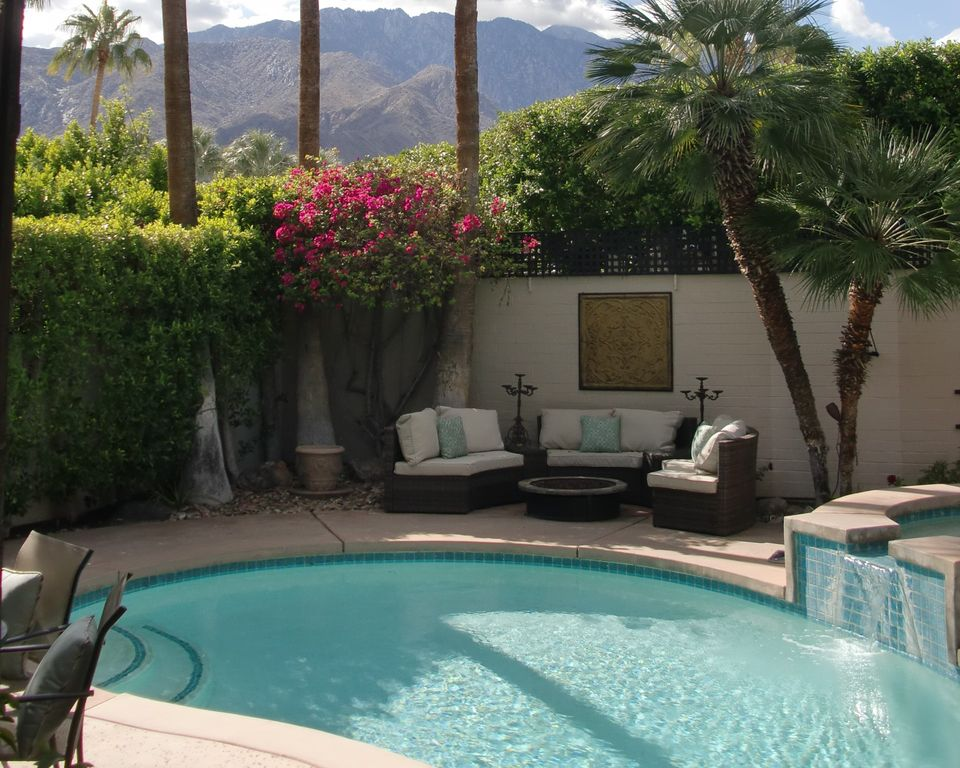 Private Pool Spa Two Master Suites Walk Bike To Palm Springs Shops Restaurants 2 Br Vacation