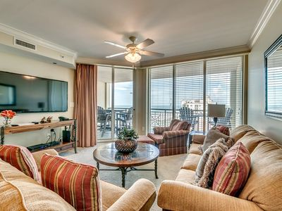 Photo for Mar Vista Grande 914, 3 Bedroom Oceanview Condo, Hot Tub and Free Wi-Fi!