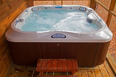 Brand new Jacuzzi 6 person hot tub