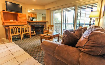 Photo for Park Regency 1 BR Deluxe w/ Indoor Pool, Whirlpool, Fitness Center & More!